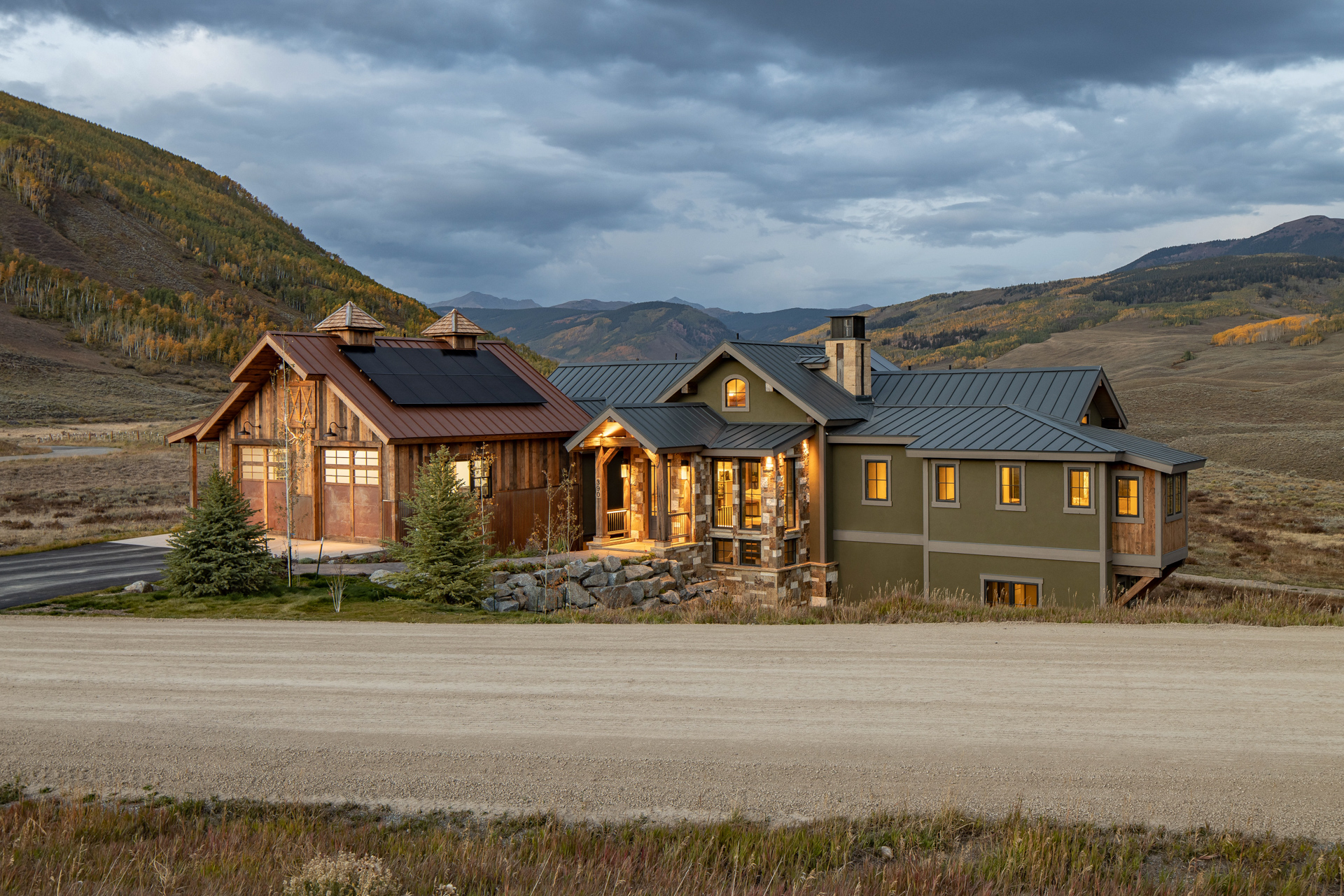 Somrak Concept and Structure-dead-horse-retreat-crested-butte-mountain-modern-home-residential-construction 1