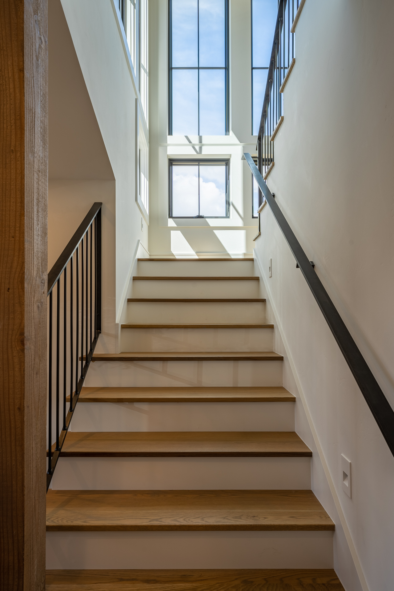 Somrak Concept and Structure-Buckhorn-Ranch-Crested-Butte-Mountain-Modern-Farmhouse-Residential-Construction-Custom-Home-Custom-Design-3